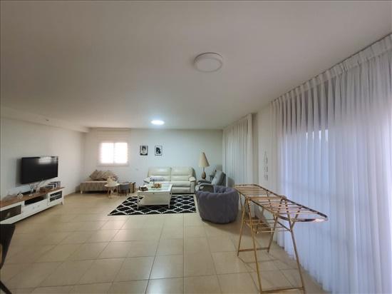 דירה למכירה 4 חדרים בבאר שבע מדרחוב התקווה ג