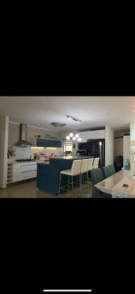 דירה למכירה 4.5 חדרים בחולון אלופי צה''ל