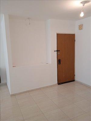 דירה למכירה 4 חדרים בחולון קרן היסוד