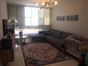 דירה למכירה 3.5 חדרים בפתח תקווה הרב עוזיאל