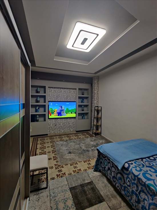 דירה למכירה 5 חדרים בחיפה קיבוץ גלויות ואדי סאליב