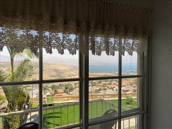 דירת גן למכירה 3.5 חדרים בטבריה השלום 19 שיכון ג'