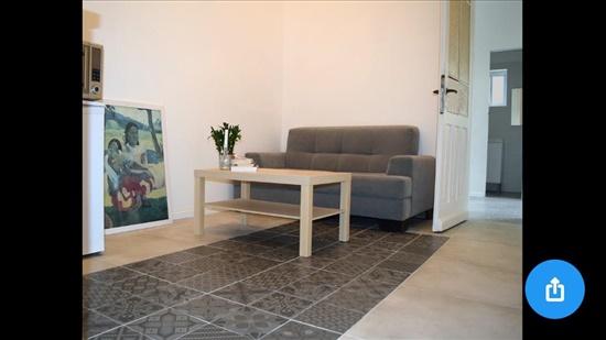 דירה למכירה 6 חדרים בחיפה שפירא