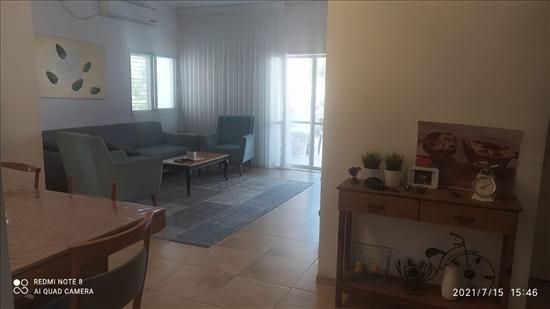 דירה למכירה 4 חדרים בחיפה נתיב חן נווה שאנן