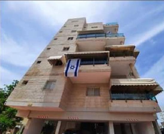 דירה למכירה 4 חדרים ברחובות לוי אשכול מרמורק
