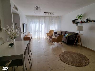 דירה למכירה 5 חדרים ברחובות הר צופים רחובות ההולנדית