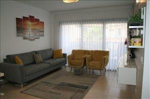 דירה למכירה 4 חדרים בפתח תקווה פרץ נפתלי