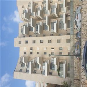 דירה למכירה 4 חדרים ברחיפה אריה דולצ'ין