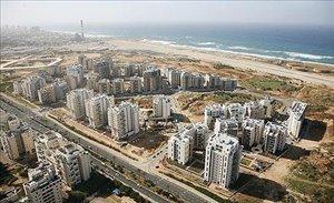 מגרש למגורים למכירה 10 חדרים ב תל אביב יפו שדרות לוי אשכול 100
