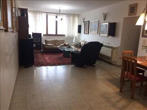 דירה למכירה 5 חדרים בפתח תקווה הרב יחבוב