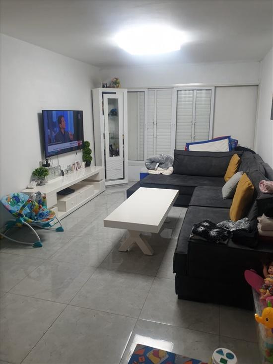 דירה למכירה 3 חדרים ברמלה השלום