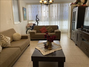 דירה למכירה 3.5 חדרים בחולון הרצוג