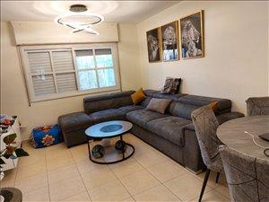 דירה למכירה 4 חדרים בפסגת זאב גדוד חרמש