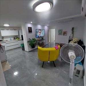 דירת גן למכירה 4 חדרים בחולון החים