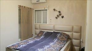 דירה למכירה 4 חדרים ברחובות עזרא
