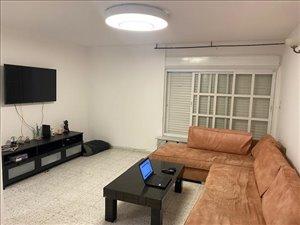 דירה למכירה 4 חדרים בחיפה ז'ורס