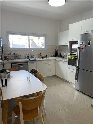 דירה למכירה 4 חדרים בחולון תרצ''ו