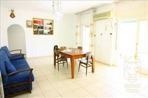 דירה למכירה 4 חדרים בירושלים יהושע בן נון