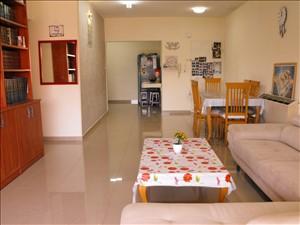 דירה למכירה 5 חדרים ברחובות הרב זכריה מדאר