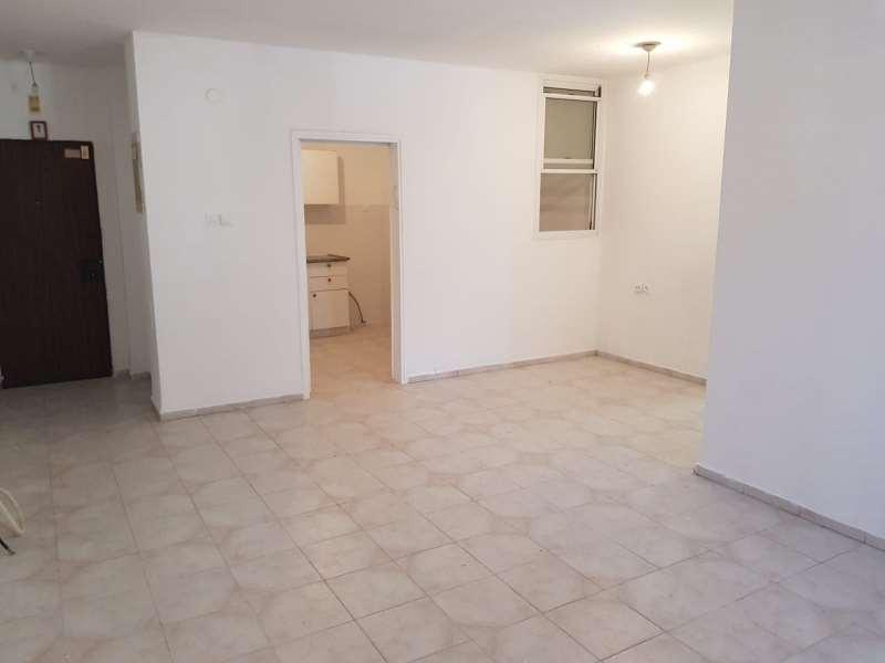 תמונה 2 ,דירה 4 חדרים הרטום ק.השרון נתניה