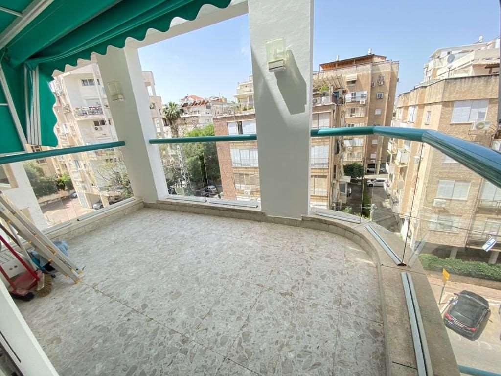 תמונה 4 ,דירה 4 חדרים סמילנסקי ביהח השרון פתח תקווה
