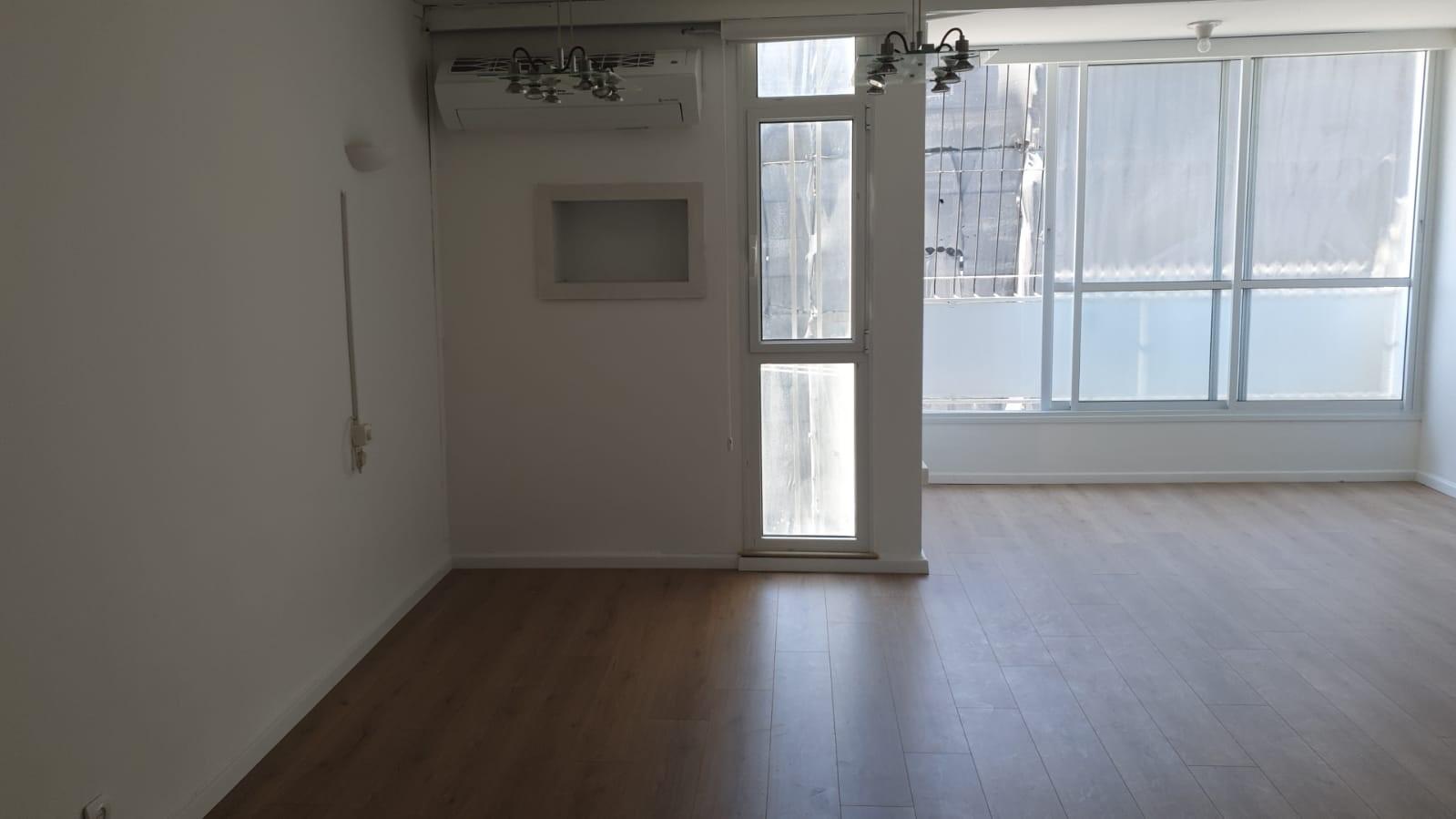 תמונה 4 ,דירה 4 חדרים מעפילי אגוז נוה חן תל אביב יפו