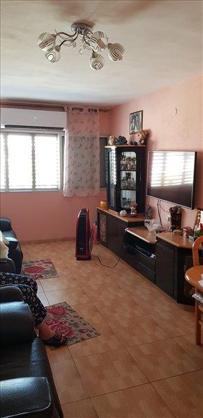דירה, 2.5 חדרים, ויסבורג, פתח תקווה