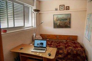 דירה להשכרה TextNumber4 חדרים ב