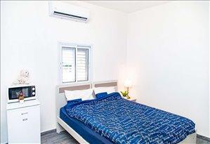 דירה להשכרה לנופש ותקופות קצרות 3 חדרים במגדל סמטת אירית 6