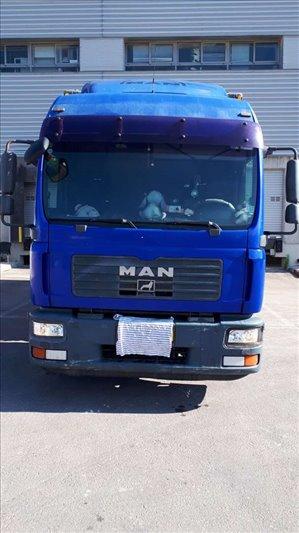 משאיות מאן Tgm240