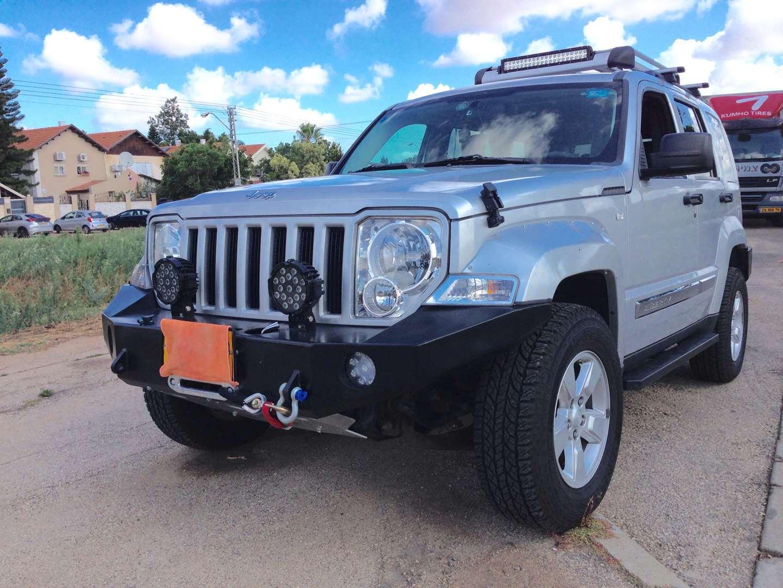 ג'יפ / Jeep  ליברטי