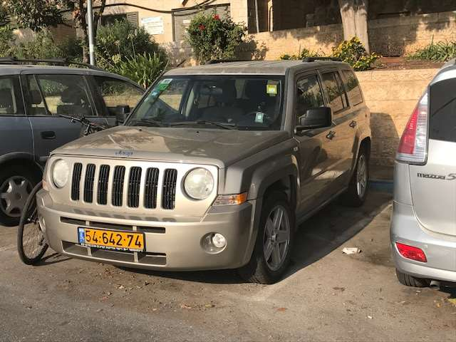 ג'יפ / Jeep  פטריוט