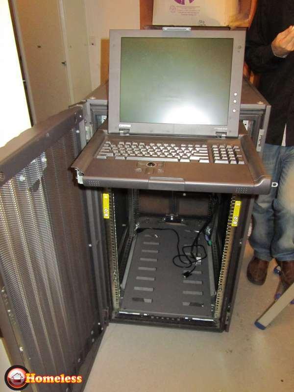 מחשבים וציוד נלווה - שרתים