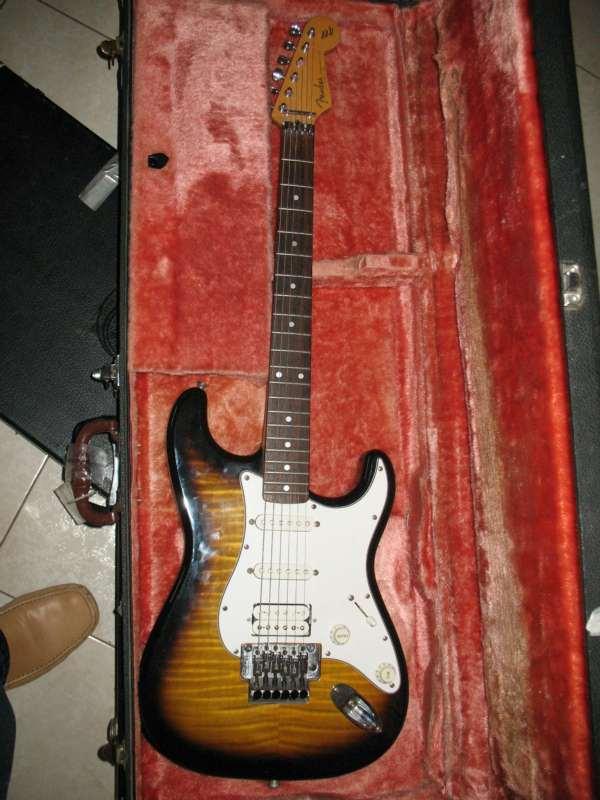 כלי נגינה - גיטרה חשמלית