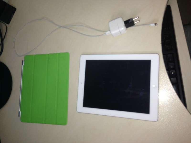 מוצרי Apple - IPAD