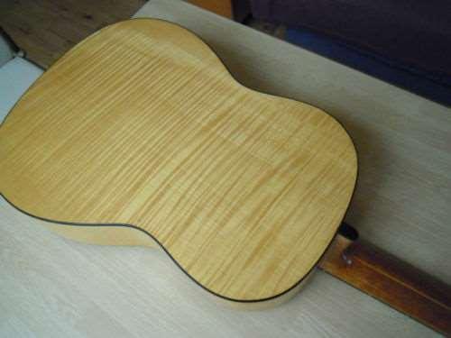 כלי נגינה - גיטרות