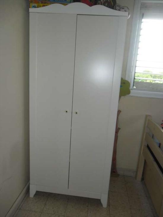 ארון לילדים לבן 2 דלתות