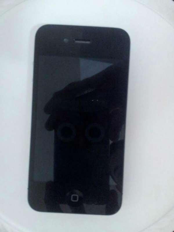 אייפון 4- 16 GB