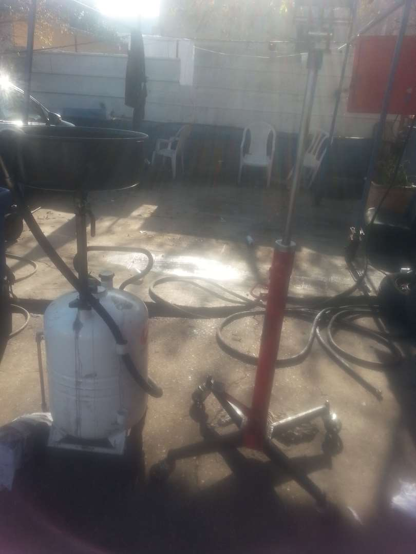 כלי עבודה - כלי עבודה למוסך