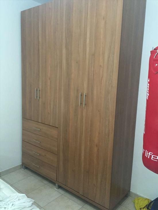 ארון 4 דלתות פלוס מגירות