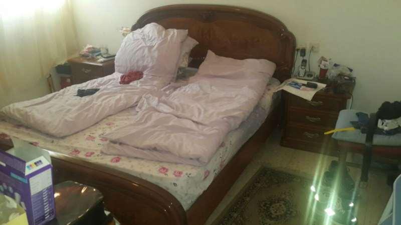ארון + מיטה + 2 שידות