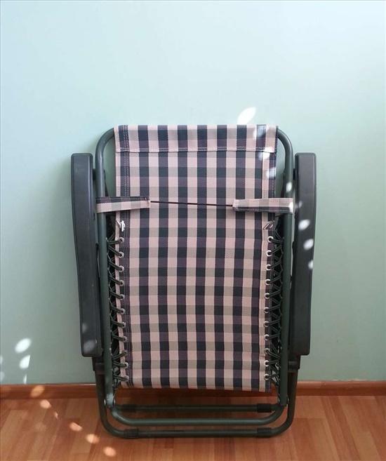 כיסא נוח מתכוונן