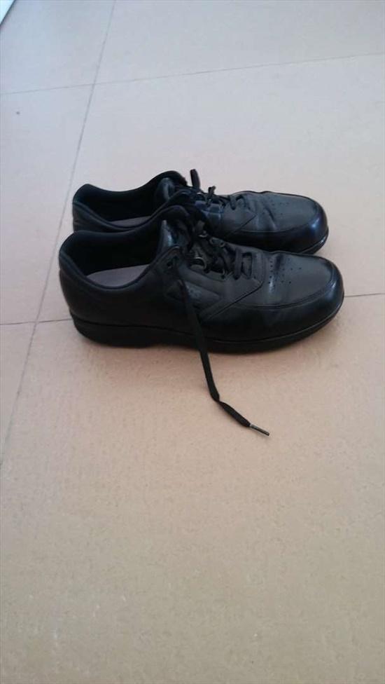 נעלי סאס