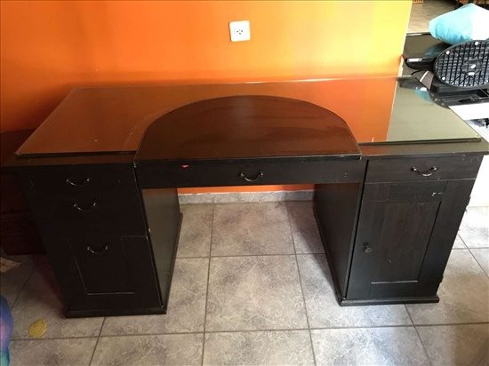 שולחן משרד וכסא