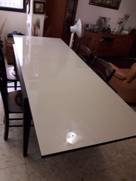 שולחן מהודר מעץ מלא