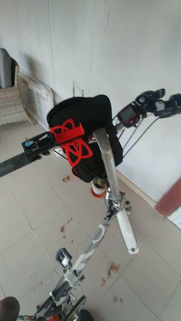 אופניים אופניים ממונעים 24