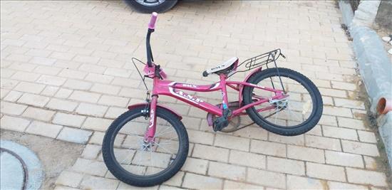 2 זוגות אופני ילדים
