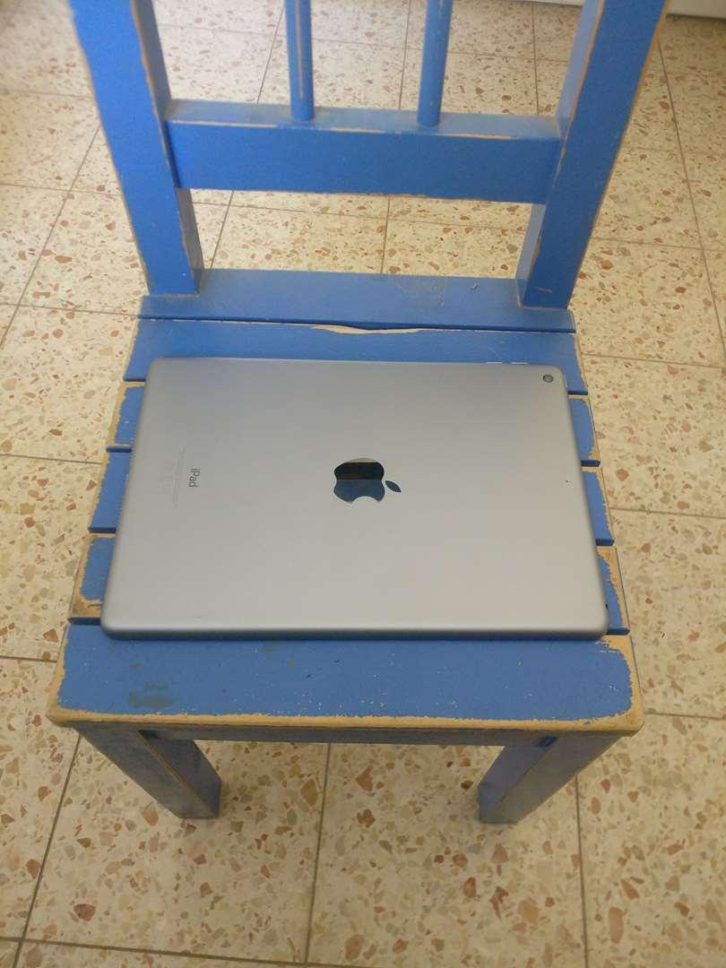 מחשבים וציוד נלווה - אייפד/ipad