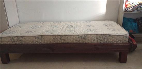 מיטת יחיד מנגר