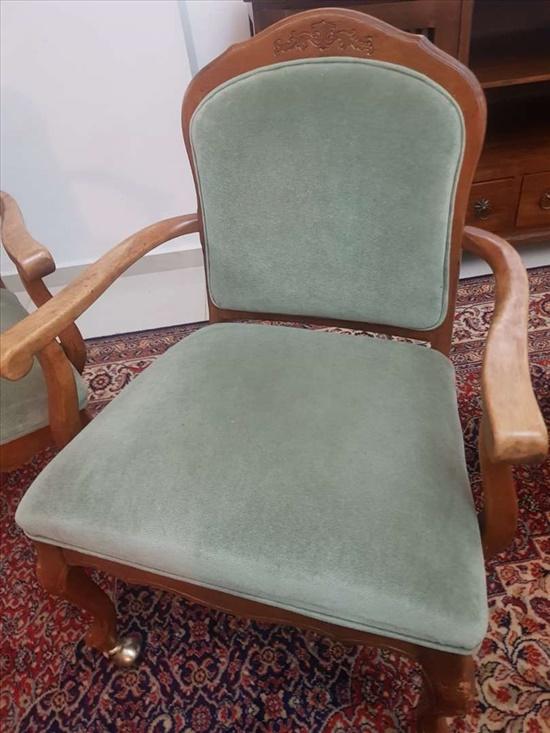 כסאות